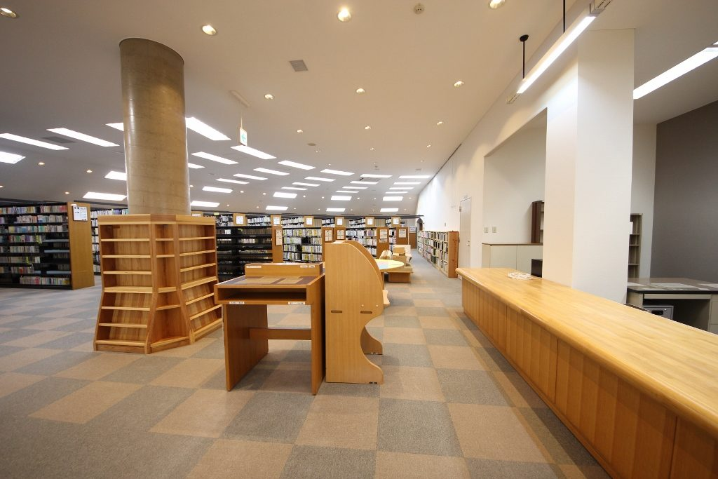 図書室1後
