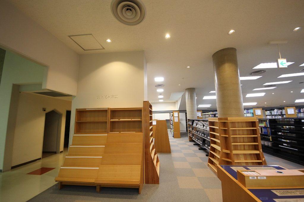 図書室2前