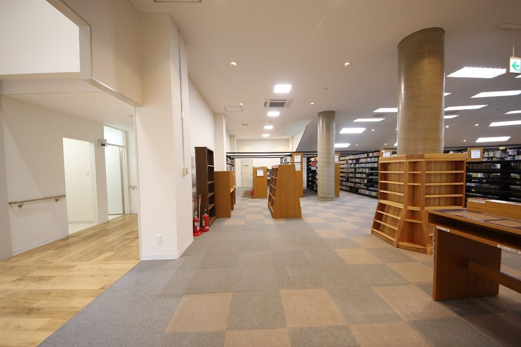 図書室2後