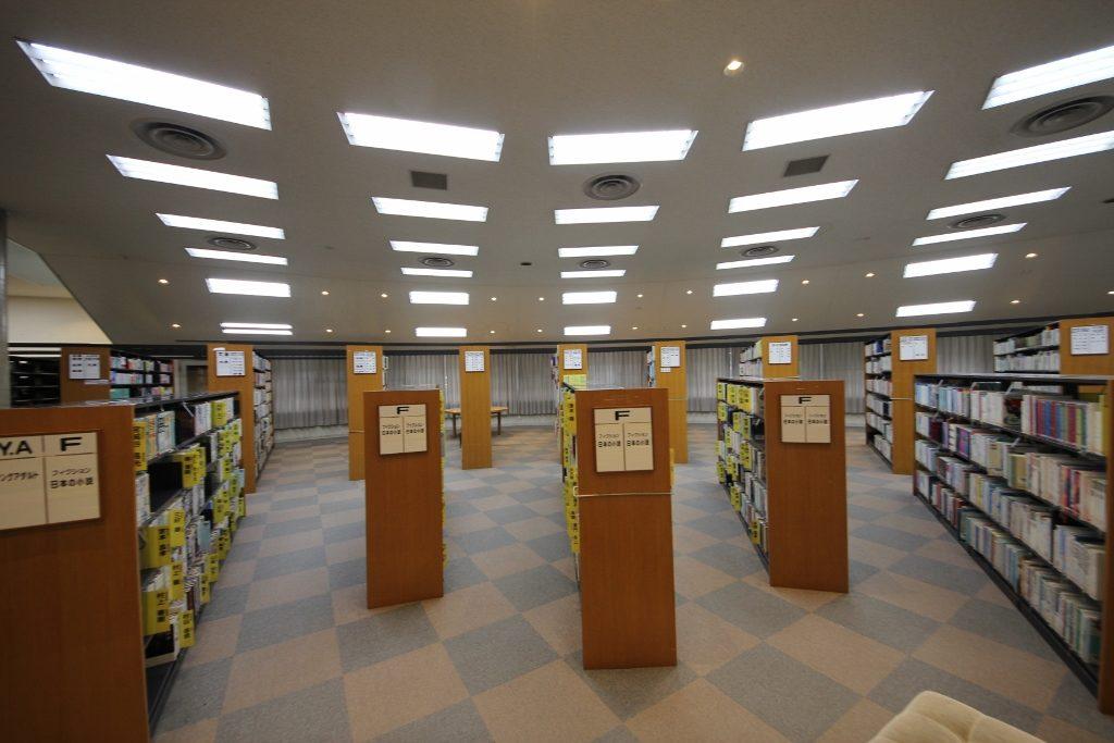 図書室3前