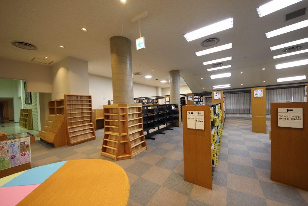 図書室4前