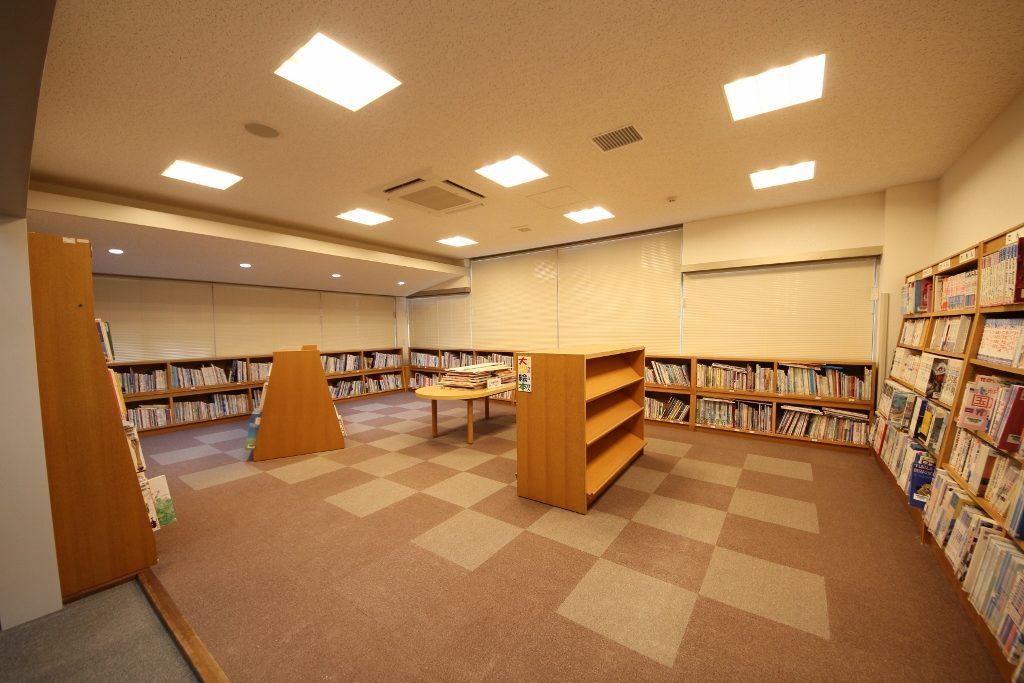 図書室5後(照明変化4)
