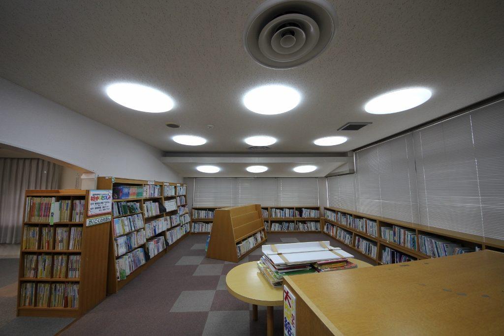 図書室7前