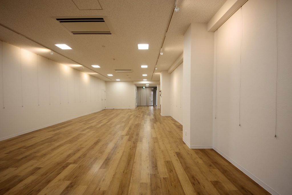 廊下展示2後