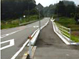 市木井原線歩道工事