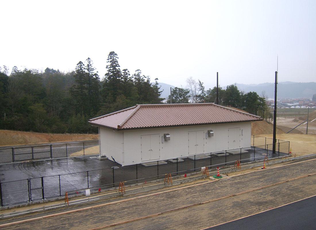 益田道路万葉トンネル電気室新築工事